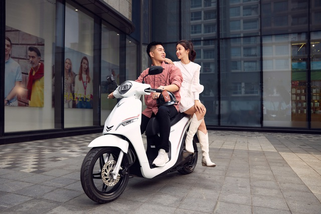 Xe máy điện VinFast Feliz chinh phục giới trẻ Việt - 10