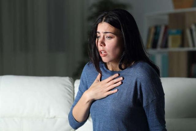 Những dấu hiệu cảnh báo bị ung thư phổi - 1