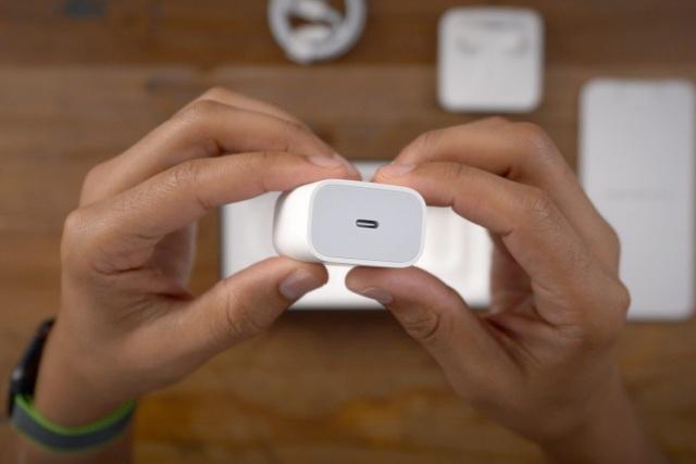 Không phải iPhone 12, đây mới là thứ giúp Apple hốt bạc tại Việt Nam - 1