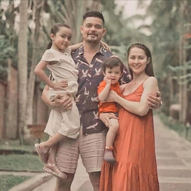 Gia đình sở hữu toàn nhan sắc cực phẩm của mỹ nhân đẹp nhất Philippines - 23