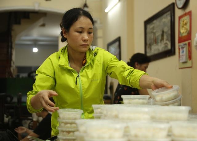 Tết Hàn thực: Dậy từ 3h sáng tất bật làm bánh trôi thu về tiền triệu - 8