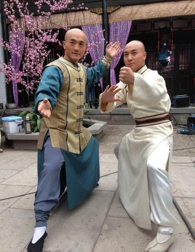 Sắp tới ngày thượng đài, Đệ nhất Thiếu Lâm vẫn mải mê… đóng phim - 1