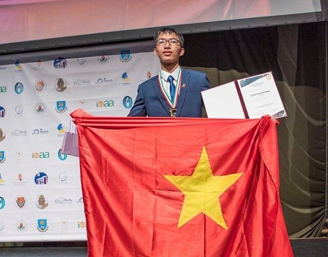Chàng trai Olympic thiên văn học gõ cửa thành công ĐH danh giá thế giới - 2