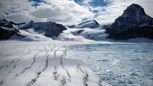 Tốc độ ấm lên toàn cầu có thể làm thềm băng thứ ba của Nam Cực sụp đổ - 1