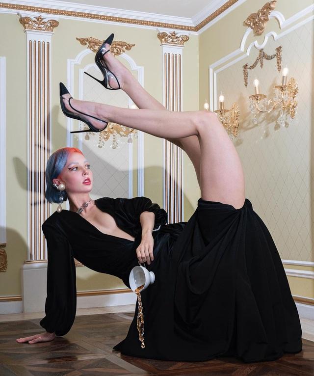 Hot girl Nga phá cách với loạt ảnh ý tưởng dị nhưng rất cuốn hút - 10