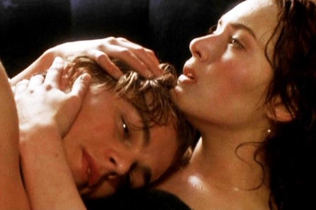 Kate Winslet tiết lộ điều ít biết về cảnh nóng với Leonardo DiCaprio - 1