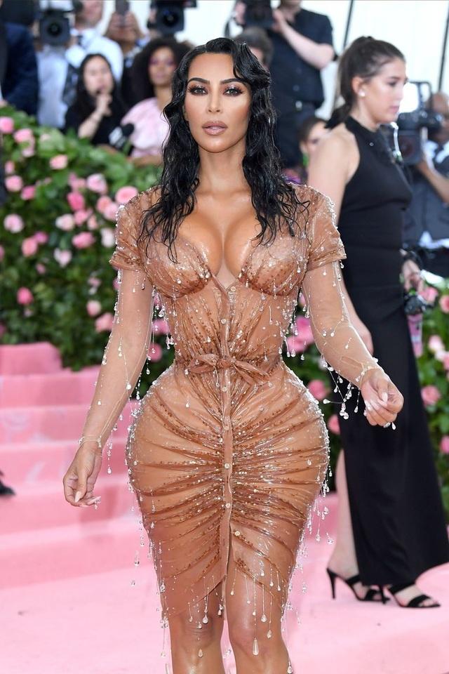 Nhà Kardashian trong cơn bão ly hôn: Có một kim chỉ nam - 14