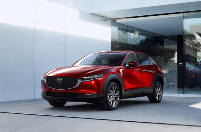 Mazda CX-30: SUV đầu tiên thế hệ sản phẩm thứ 7 của Mazda sắp xuất hiện tại Việt Nam - 1