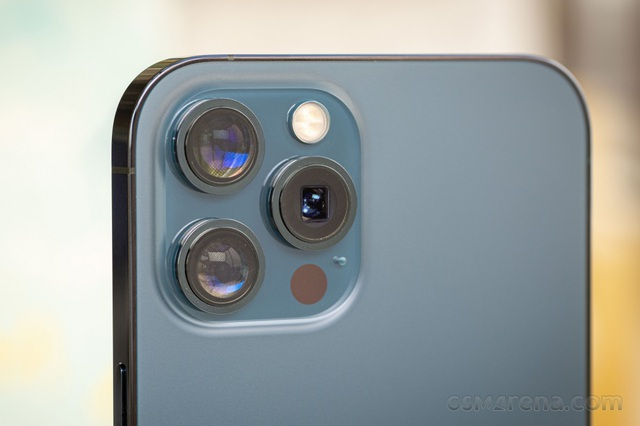 iPhone 14 sẽ có camera 48 MP, quay video 8K? - 1