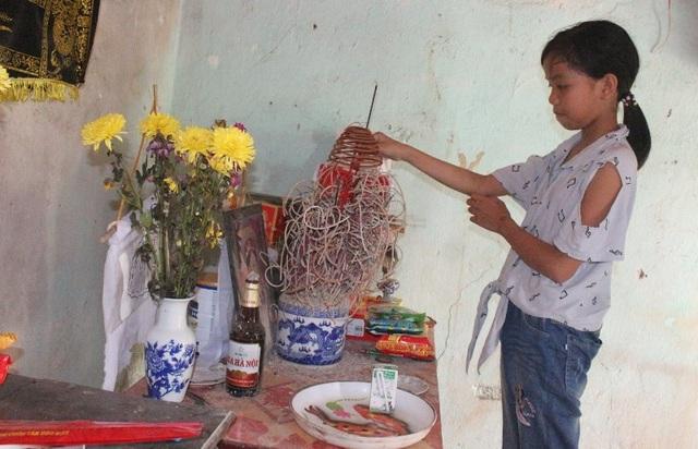 Thương học trò nghèo mồ côi
