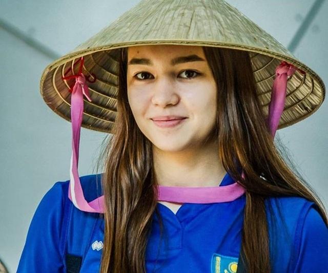 Vẻ đẹp quyến rũ của những thiên thần bóng chuyền châu Á - 15