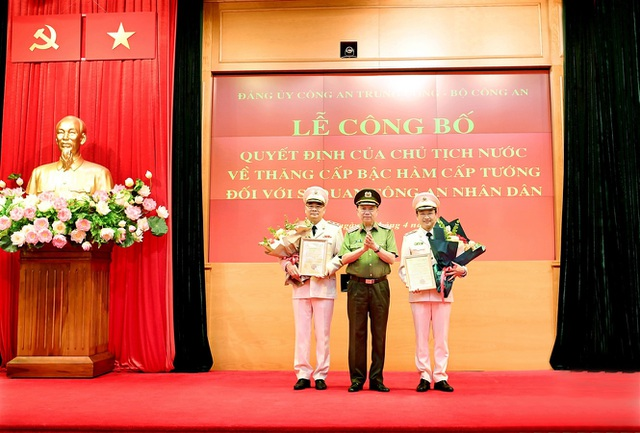 Tướng Tô Ân Xô - người phát ngôn Bộ Công an được thăng hàm Trung tướng - 2
