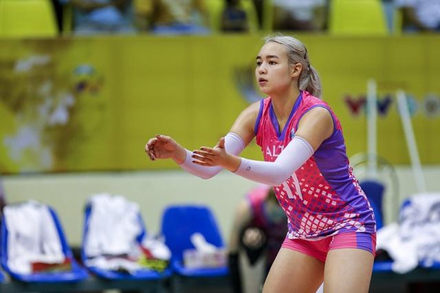 Vẻ đẹp quyến rũ của những thiên thần bóng chuyền châu Á - 14