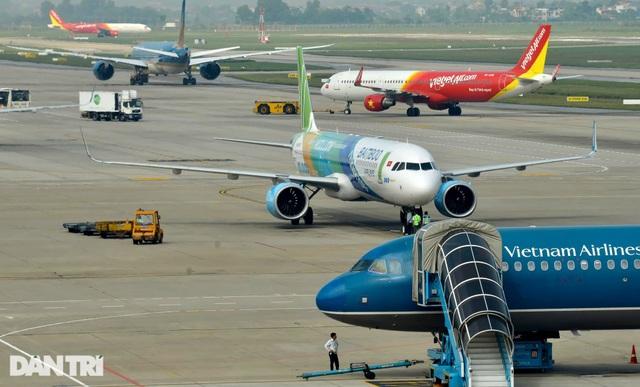 Hãng bay bị tuýt còi, phải hoàn trả phí dịch vụ cầm nhầm của khách - 1