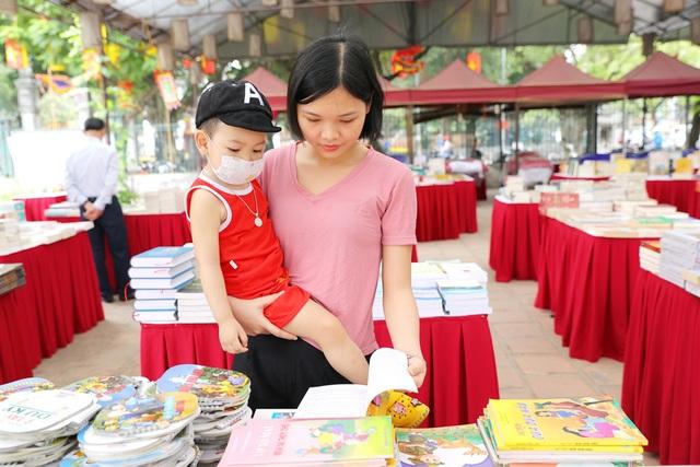 Khai mạc phiên chợ sách Một nét văn hóa Hà Nội - 6