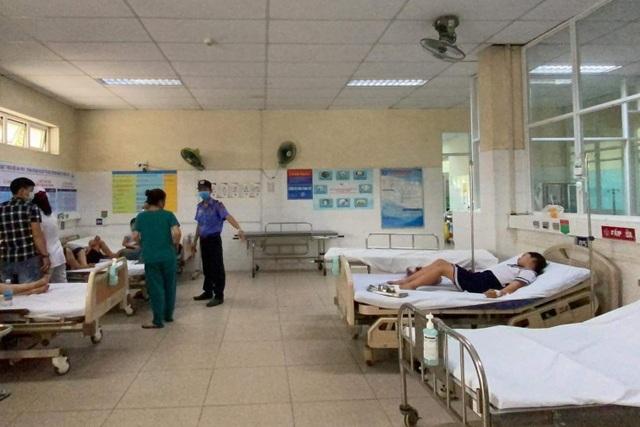 Đà Nẵng: Chơi đất nặn slam, 34 học sinh lớp 3 nhập viện - 1