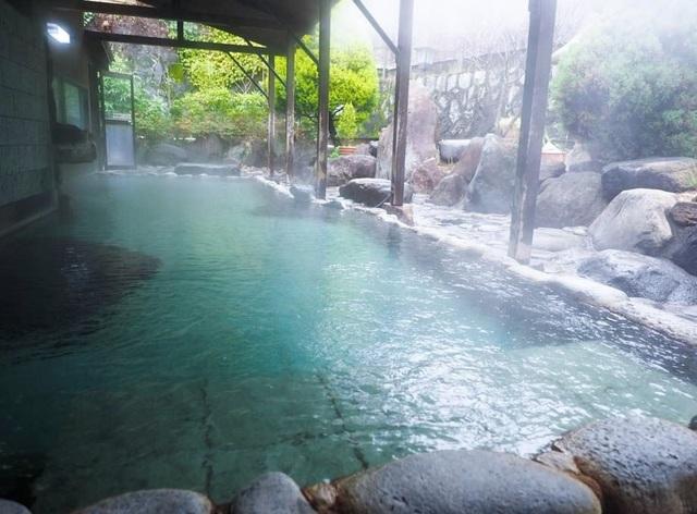 Vừa tắm onsen vừa ngắm biển ở Atami - 4