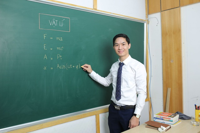 Ôn thi tốt nghiệp THPT môn Vật lí: Bí quyết kiếm điểm 7 một cách dễ dàng - 1