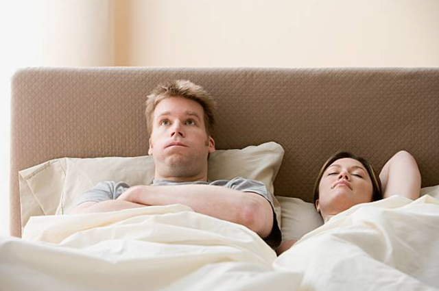 Vợ ra giá mỗi khi chồng muốn được yêu - 1