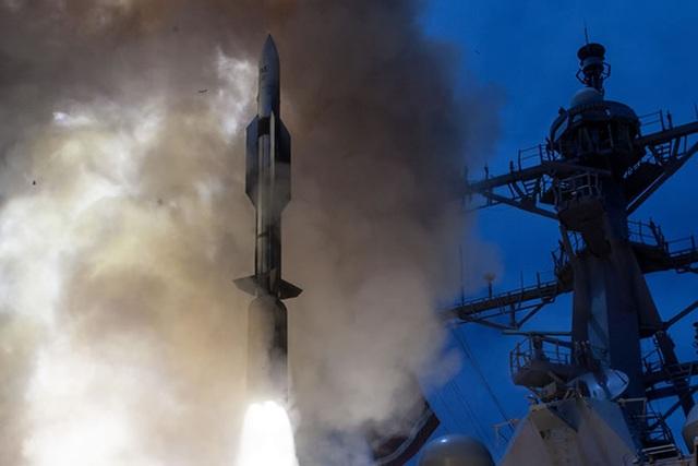 Mỹ tính thử vũ khí lợi hại có thể bắt bài tên lửa siêu thanh - 1