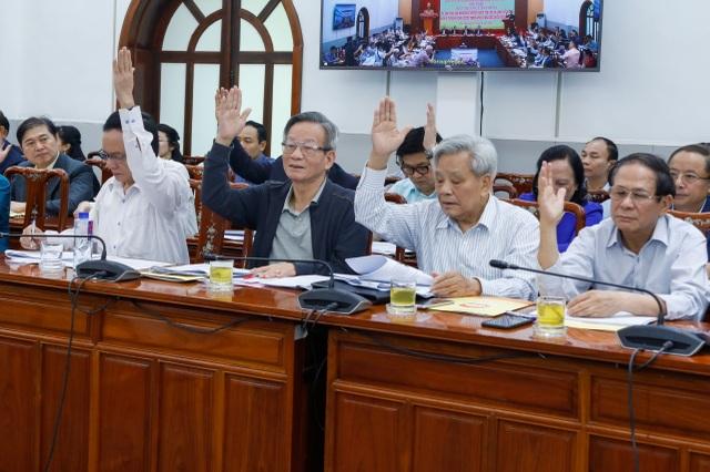 17 Ủy viên Bộ Chính trị, 4 Bí thư TƯ vào danh sách bầu đại biểu Quốc hội - 1