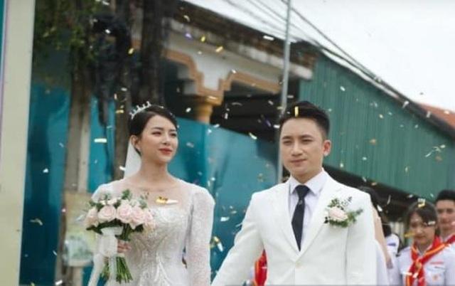 Phan Mạnh Quỳnh cưới hotgirl: Cô dâu diễm lệ, chú rể hát Vợ người ta  - 7
