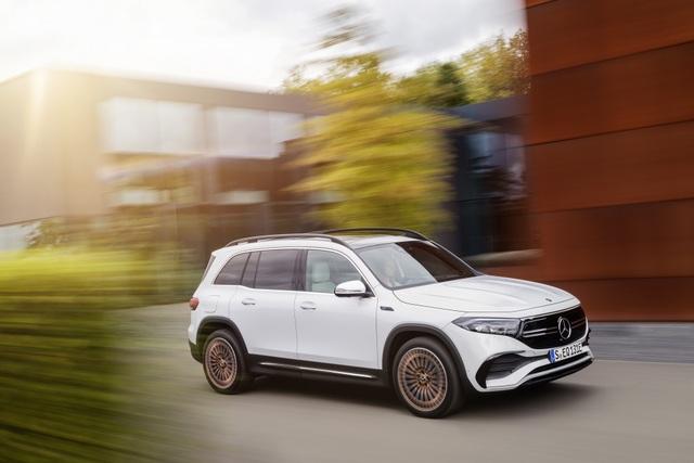 Mercedes-Benz trình làng tân binh EQB, quyết tranh giành thị phần với Tesla - 25