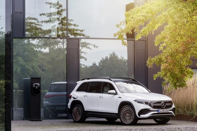 Mercedes-Benz trình làng tân binh EQB, quyết tranh giành thị phần với Tesla - 8