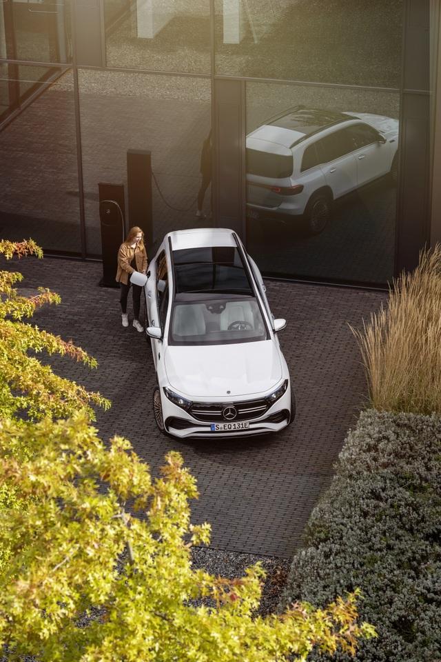 Mercedes-Benz trình làng tân binh EQB, quyết tranh giành thị phần với Tesla - 7