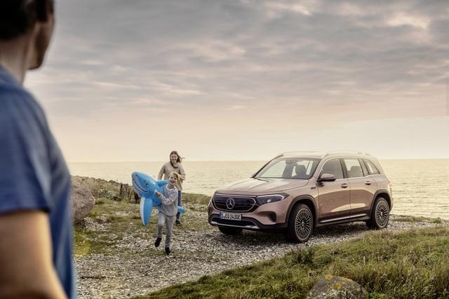 Mercedes-Benz trình làng tân binh EQB, quyết tranh giành thị phần với Tesla - 29