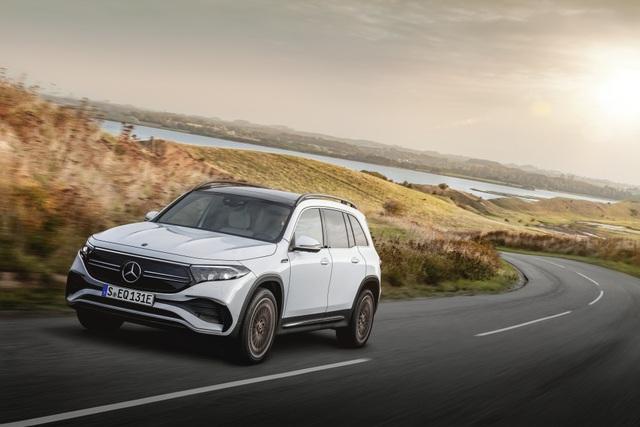 Mercedes-Benz trình làng tân binh EQB, quyết tranh giành thị phần với Tesla - 23