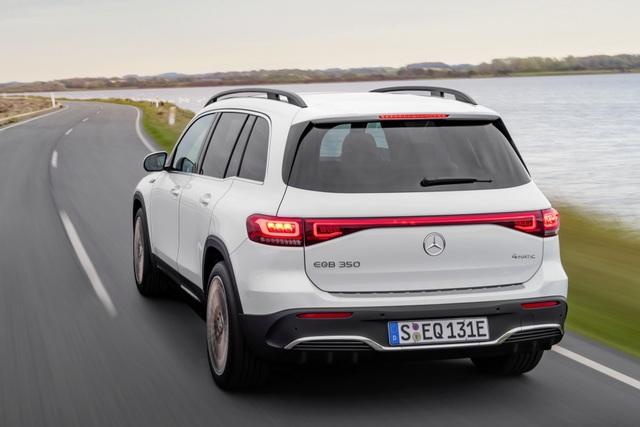 Mercedes-Benz trình làng tân binh EQB, quyết tranh giành thị phần với Tesla - 24