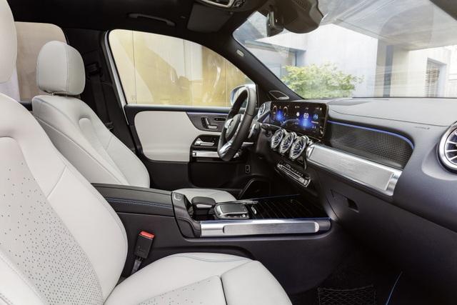Mercedes-Benz trình làng tân binh EQB, quyết tranh giành thị phần với Tesla - 32