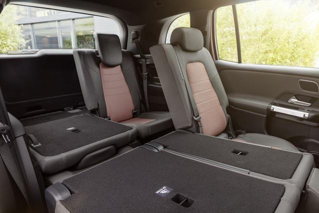Mercedes-Benz trình làng tân binh EQB, quyết tranh giành thị phần với Tesla - 16