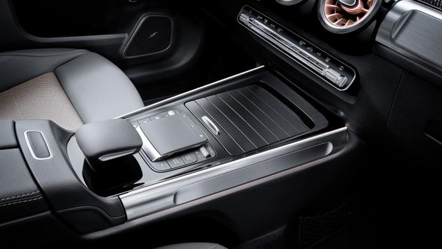 Mercedes-Benz trình làng tân binh EQB, quyết tranh giành thị phần với Tesla - 17