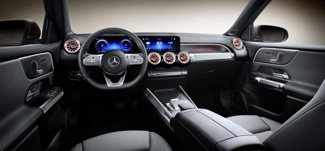 Mercedes-Benz trình làng tân binh EQB, quyết tranh giành thị phần với Tesla - 33