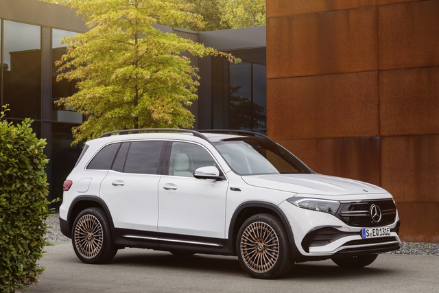 Mercedes-Benz trình làng tân binh EQB, quyết tranh giành thị phần với Tesla - 5
