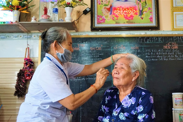 Làng trường thọ nơi các bô lão U90 sống khỏe, rủ nhau đi làm từ thiện - 2