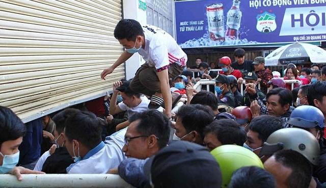 Báo Thái Lan: Kiatisuk đánh thức người khổng lồ ngủ quên HA Gia Lai - 3