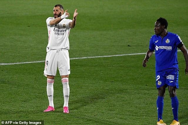 Hòa thất vọng, Real Madrid hụt hơi trong cuộc đua vô địch với Atletico - 3