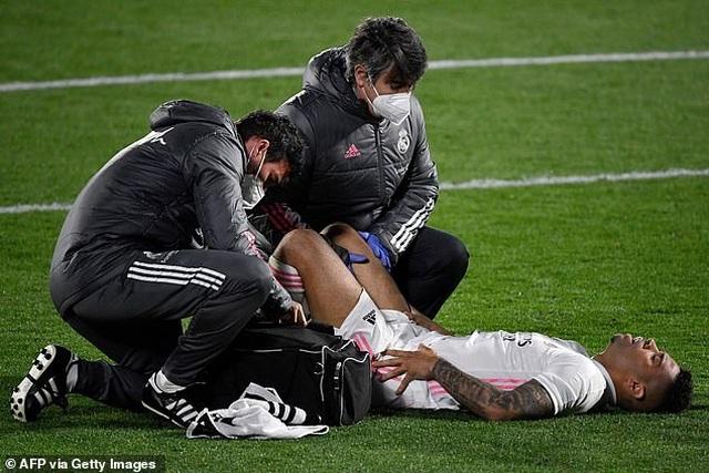 Hòa thất vọng, Real Madrid hụt hơi trong cuộc đua vô địch với Atletico - 2