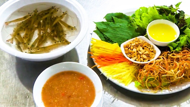 Loạt đặc sản Việt nhảy tanh tách trong miệng thực khách khi thưởng thức - 2
