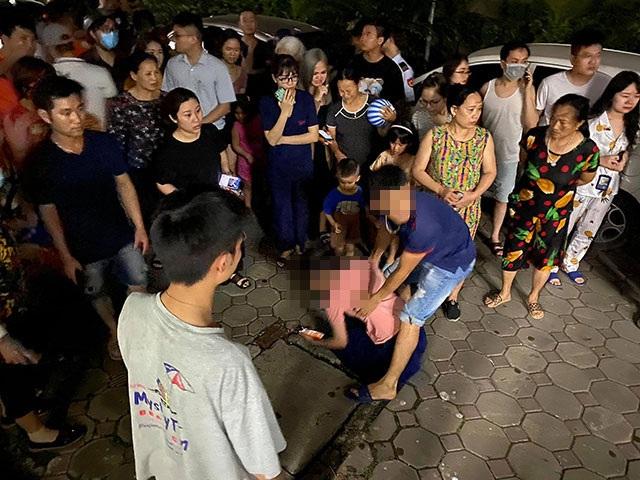 Hà Nội: Bé gái 4 tuổi rơi từ tầng 24 chung cư xuống đất - 2