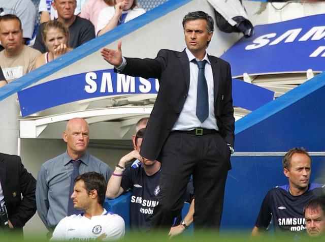Choáng với số tiền lớn khủng khiếp HLV Mourinho nhận được khi bị sa thải - 2