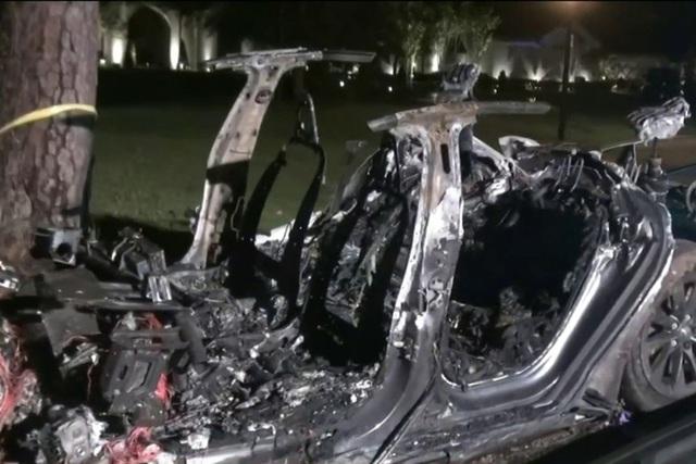 Hai người thiệt mạng trên xe Tesla, không thấy tài xế ở ghế lái - 1