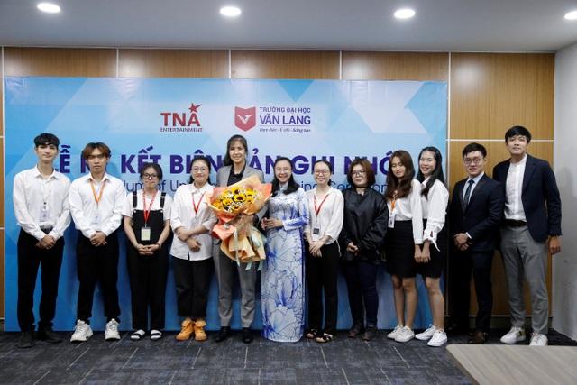 Dự án Trưng Vương - cầu nối đưa sinh viên ĐH Văn Lang từ lý thuyết đến ứng dụng - 3
