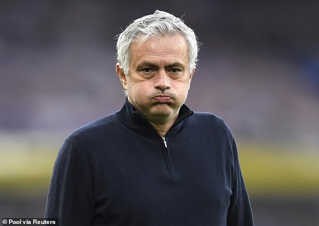 HLV Mourinho bị Tottenham sa thải vì phản đối European Super League? - 1