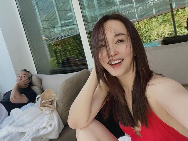 Nhan sắc của Cô Cô Phạm Văn Phương ở tuổi 50 có đẹp như lời đồn? - 13