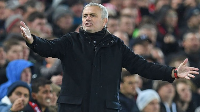 Choáng với số tiền lớn khủng khiếp HLV Mourinho nhận được khi bị sa thải - 12