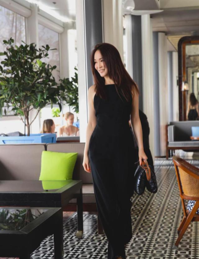 Nhan sắc của Cô Cô Phạm Văn Phương ở tuổi 50 có đẹp như lời đồn? - 15